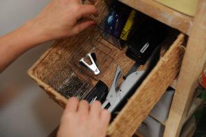 rangement tiroir fournitures contenants